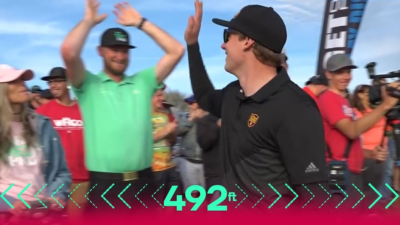 Simon Lizotte throws a PUTTER 492ft (150m) over water!